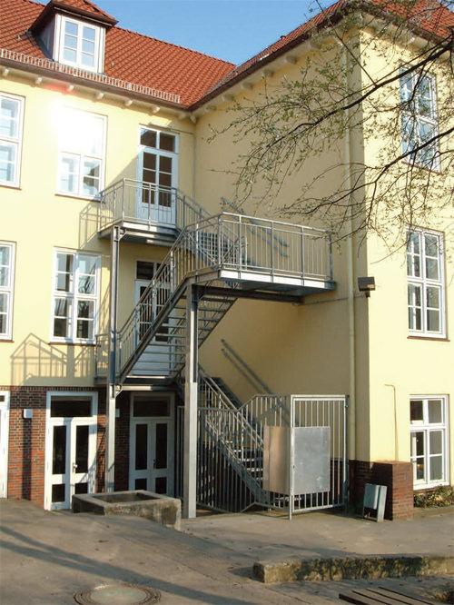 embe gmbh metalltreppen und balkone metallkonstruktionen l beck deutschland tel 04514868. Black Bedroom Furniture Sets. Home Design Ideas
